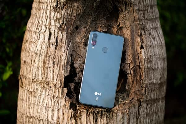 LG Quits Smartphone Business in Wake Of Increasing Losses